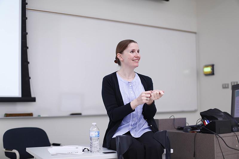 Lucie Moussu Teaching